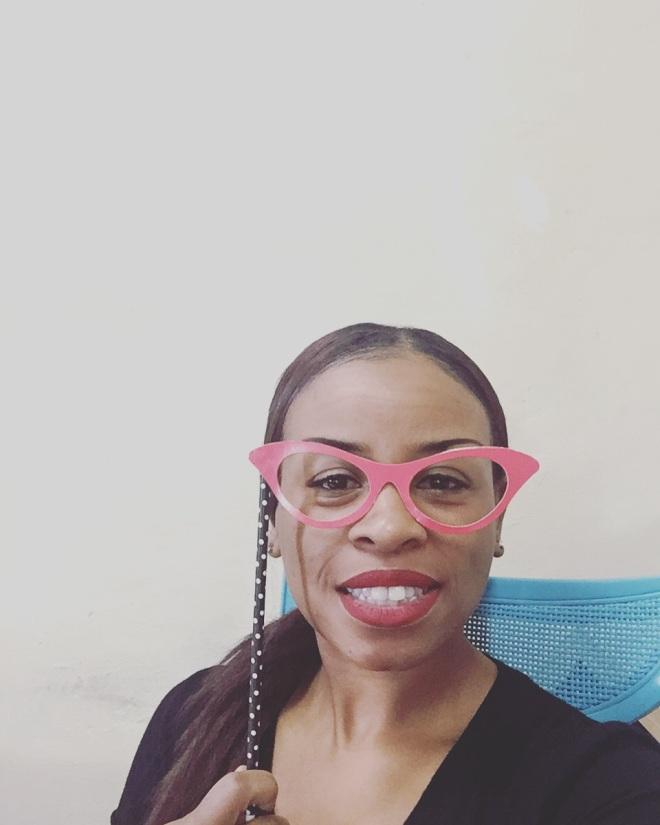 Owner of Blue Labels Boutique, Kristie Glenn, red lipstick selfie