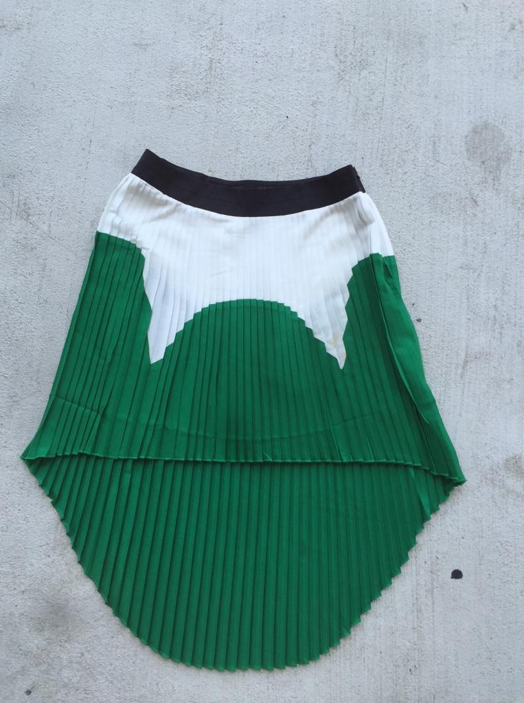 Green, white, black color block high low skirt
