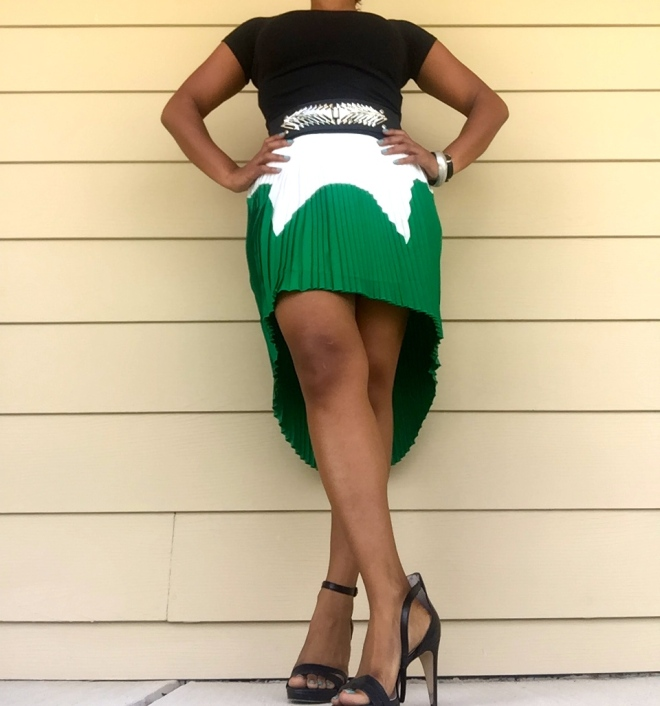 green, black, white, pleated skirt
