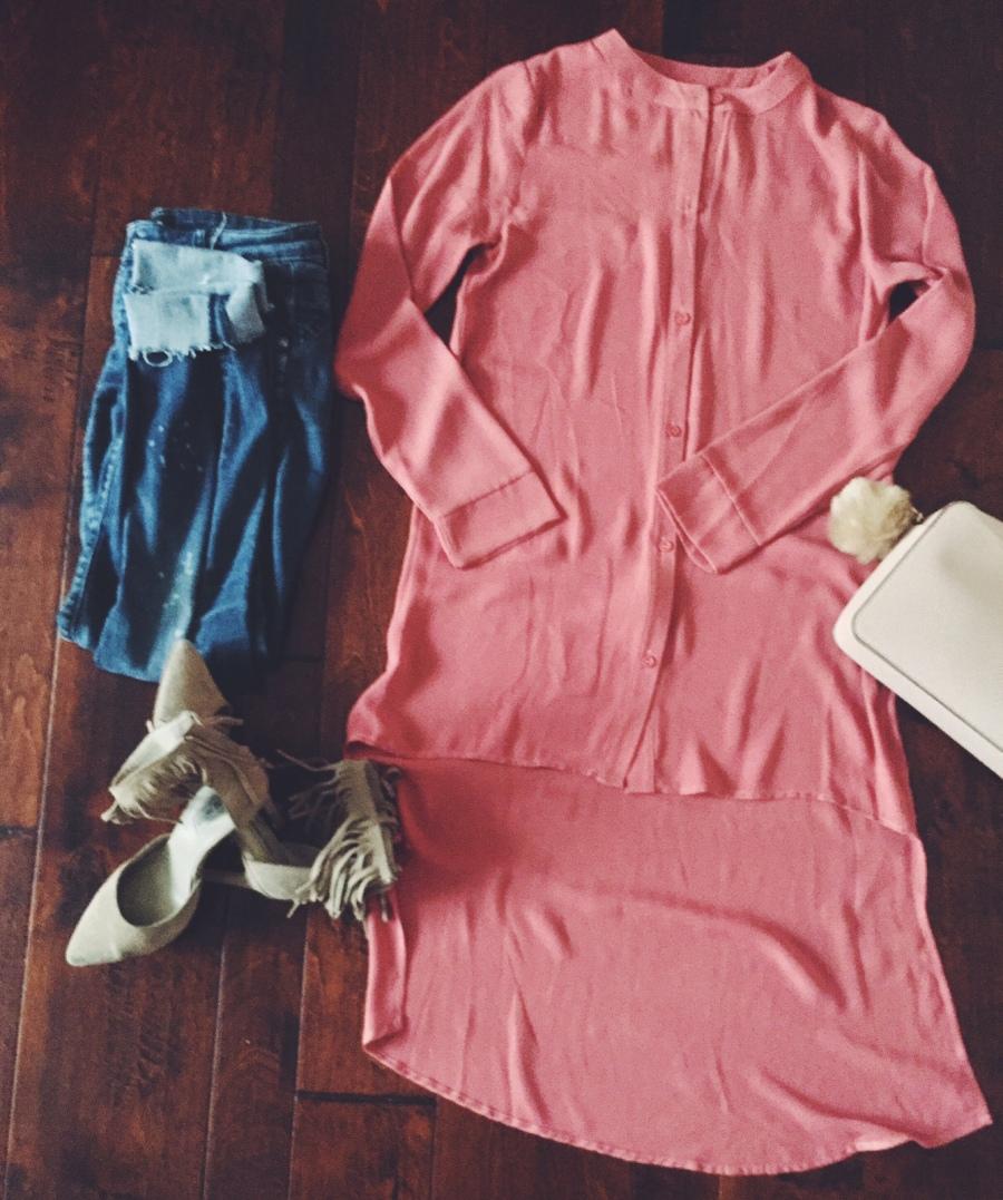 blush topwithjeansandcamelfringestevemaddenshoes