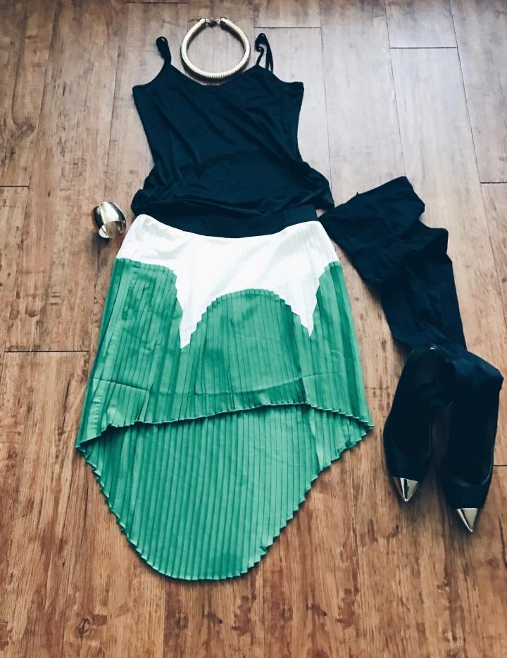 colorblock pleated skirt blue labels boutique