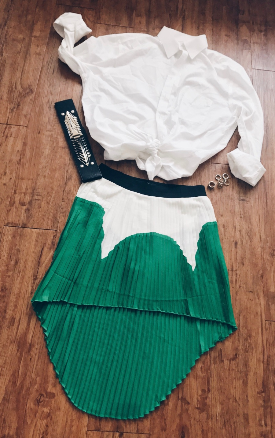 colorblock pleated skirt with button from top blue labels boutique
