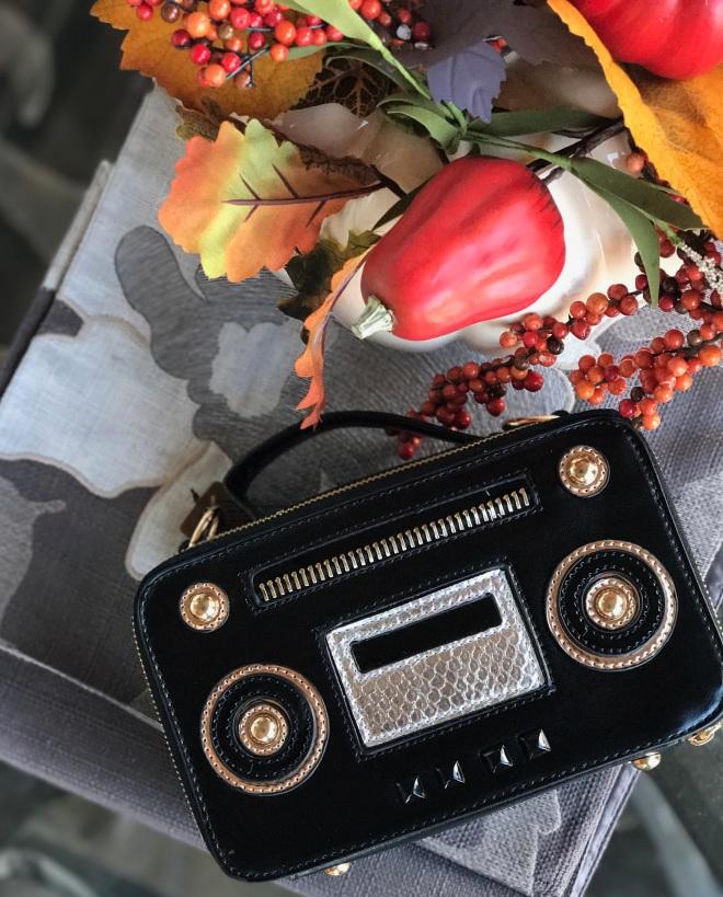 radiohandbagfromtop