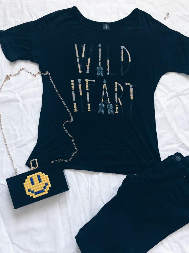 Wild Heart Graphic T-shirt Smile Logo Bag