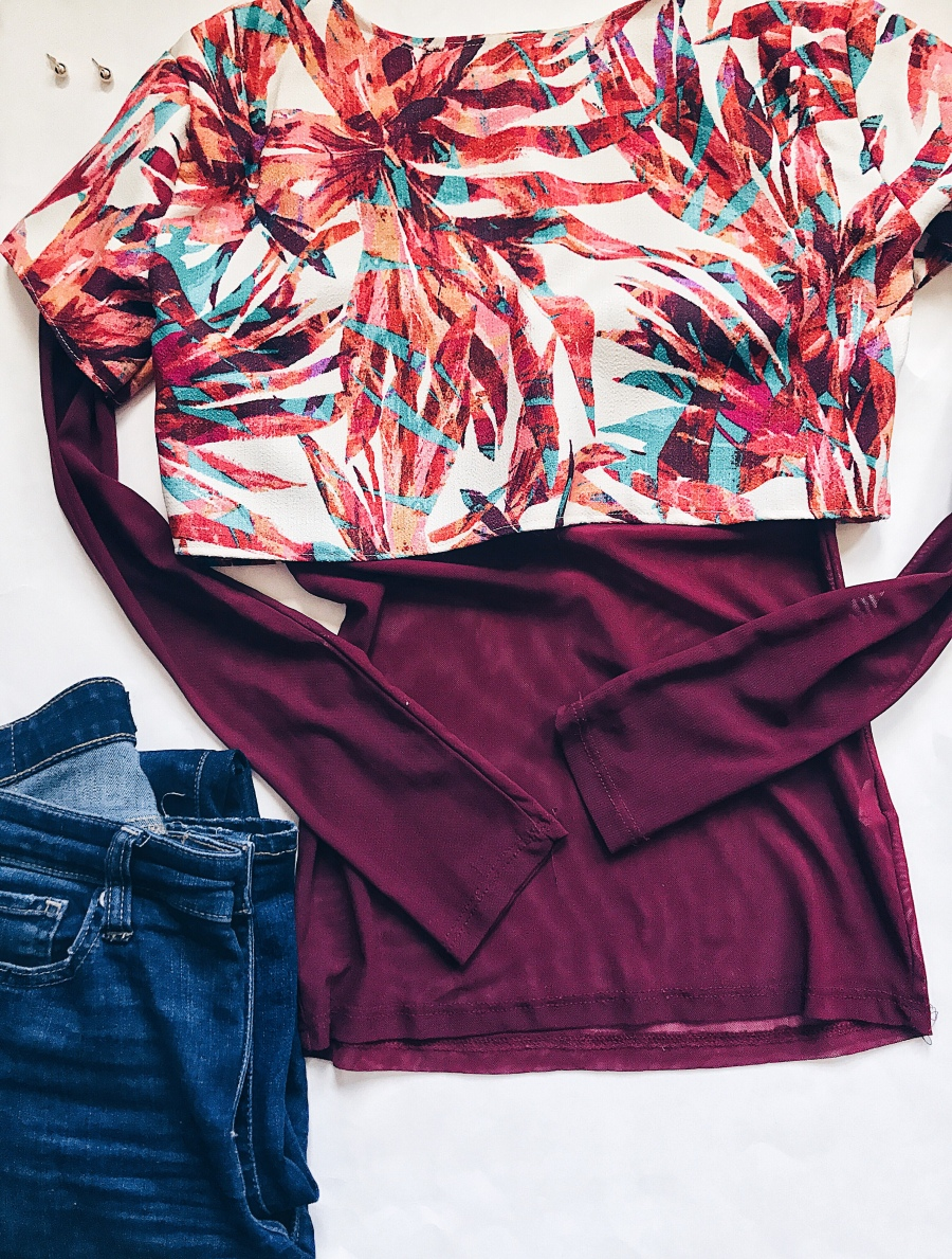 Floral printed cropped women's top