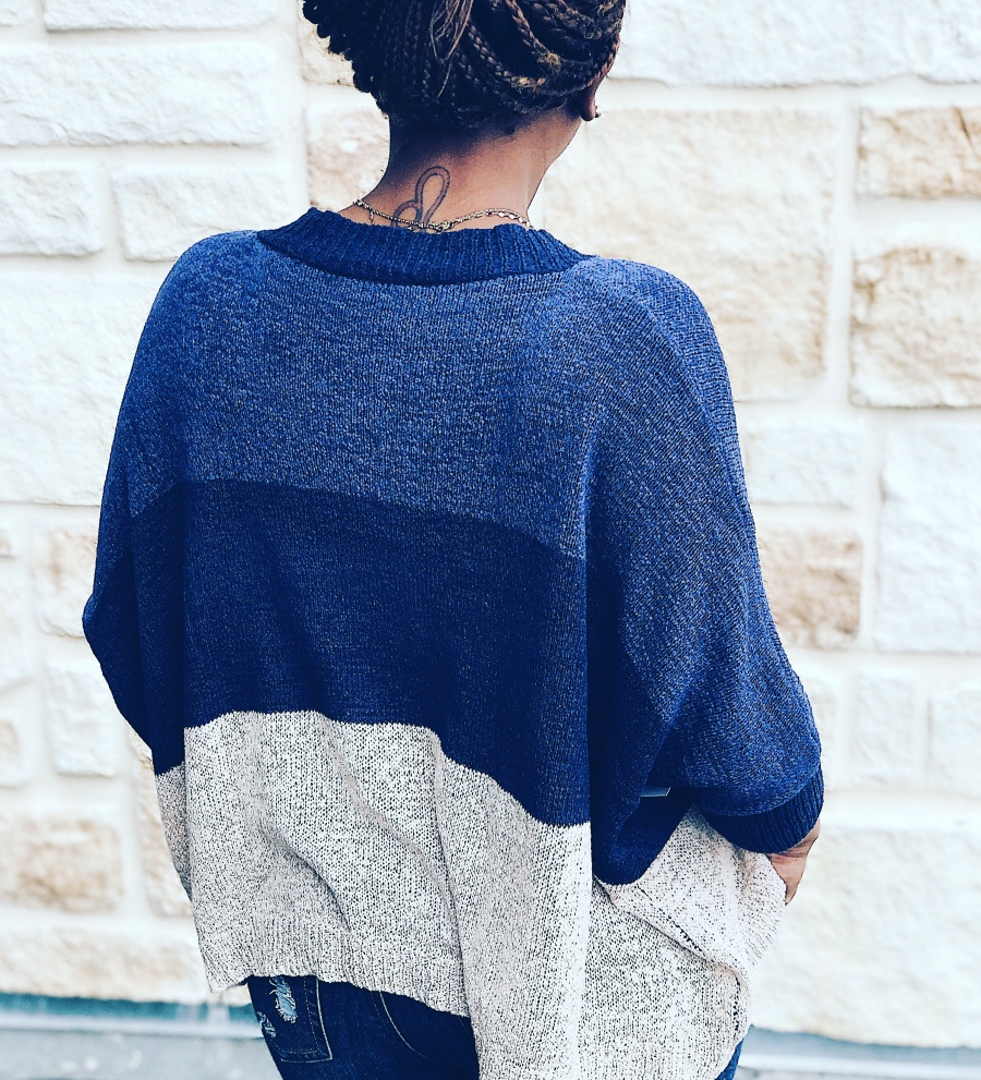 Colorblock cropped women's sweater