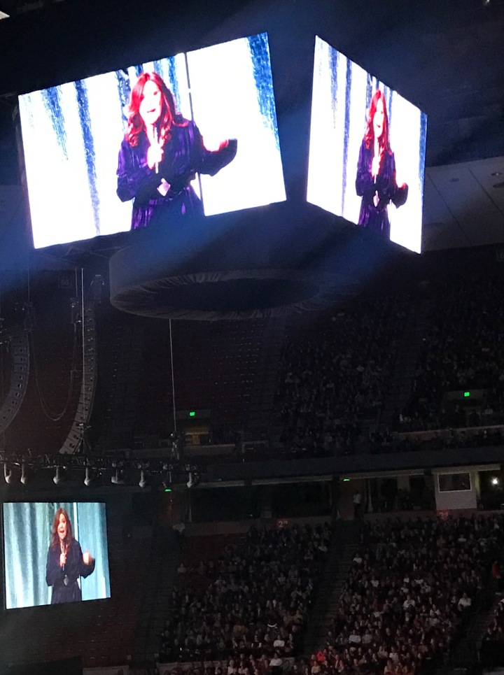 rachael ray at michelle obama book tour