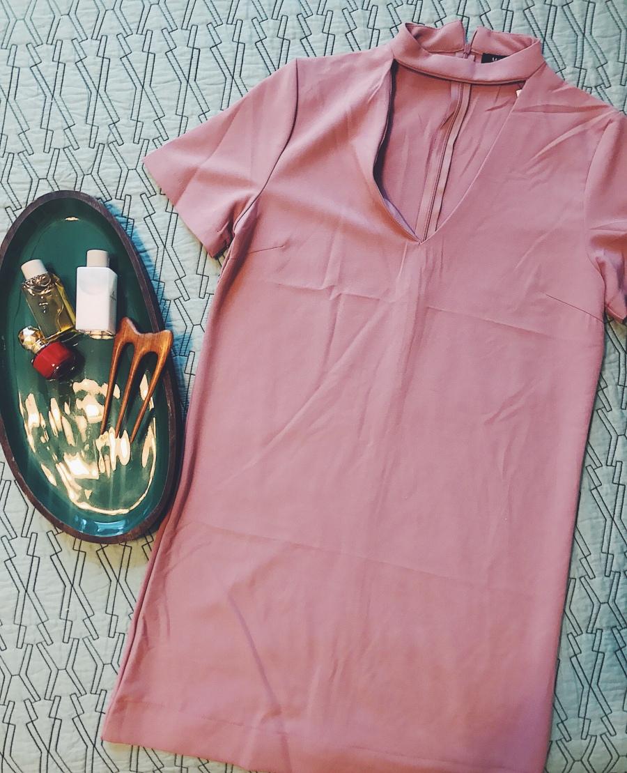 Rose pink shift dress with cutout