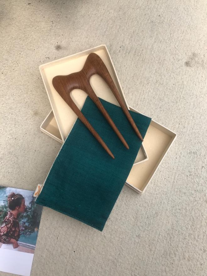 Handmade hair comb SAYA designs