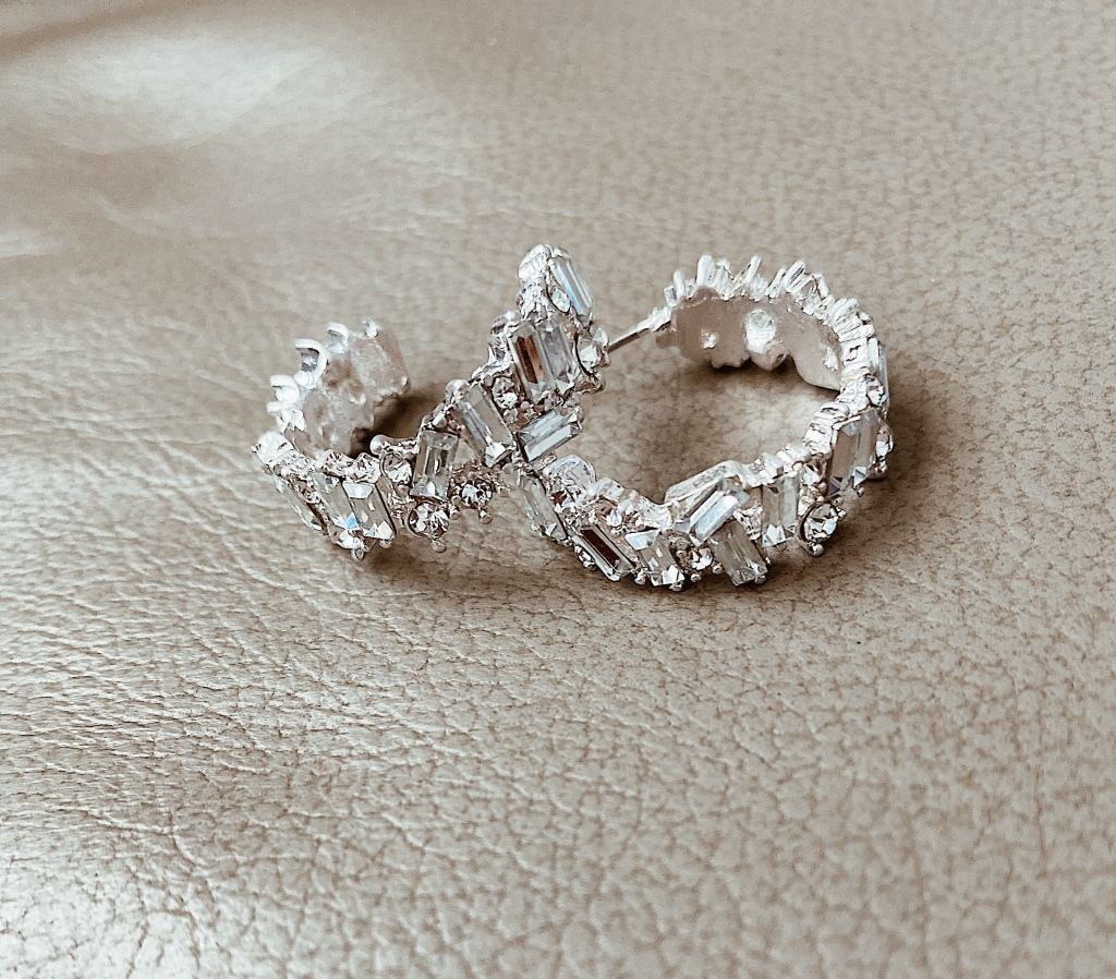 Silver hoop earrings with baguette stones